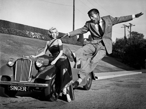 """Marilyn Monroe and Sammy Davis Jr. in """"How to Marry a Millionaire"""""""
