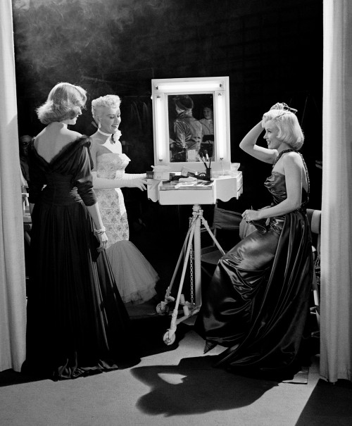 """Lauren Bacall, Betty Grable, and Marilyn Monroe: """"How to Marry a Millionaire"""""""