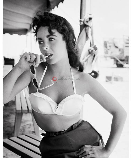 """Elizabeth Taylor with Sunglasses for """"Giant"""""""