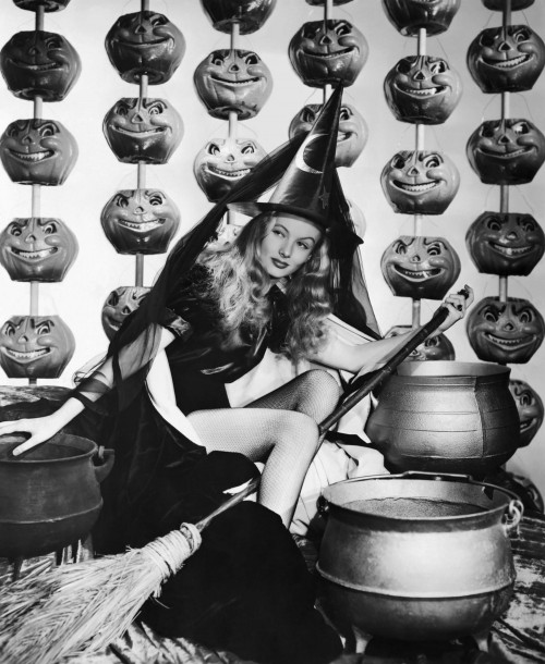 """Veronica Lake """"I Married a Witch"""""""