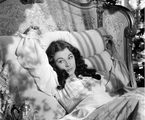 """Vivien Leigh in Bed for """"Gone with the Wind"""""""